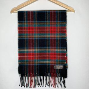 NWT D&Y Softer then cashmere scarf Red Plaid
